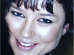 Jones's sister 'freaked out' by accused's behaviour