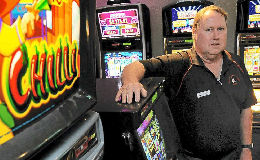 Western Suburbs Leagues Club manager Geoff McIntosh is opposed to the government's proposed pokies pre-commitment cards.