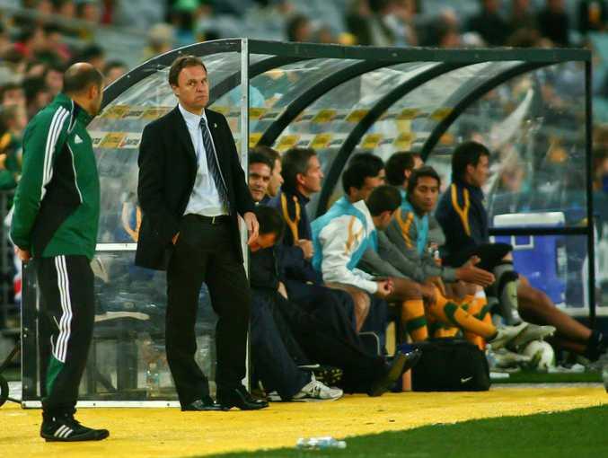 Socceroos coach Holger Osieck (centre).