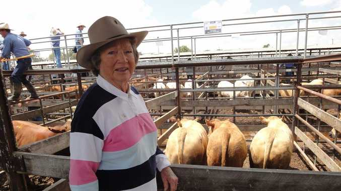 Long time supporter, Wilga Kummerow of Pittsworth won the champion pen of three grain finished steers.