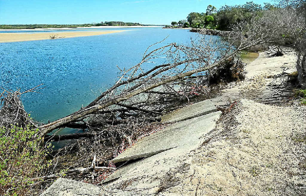 Stage One to restore dog beach at Noosa Spit has hit a snag, after difficulties with dredging.