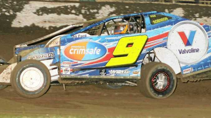 Mark Robinson is confident of a good result first-up in his American factory-built Troyer in the V8 Dirt Modified Lord Mayor's Cup at Lismore Speedway on Saturday night.