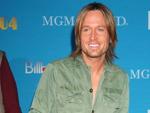 Keith Urban thanks volunteers at final Brisbane concert