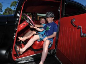 Hot rods roll into town