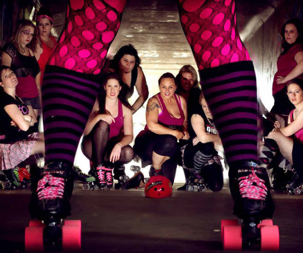 The Rocky roller derby girls will get a helping hand from Gladstone at this Saturday's bout.