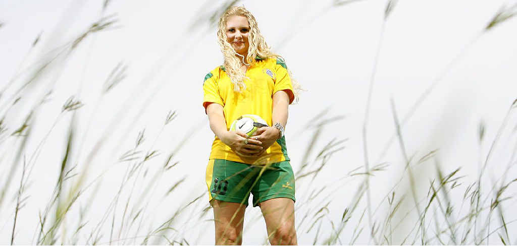 Ashleigh Knight will represent the national under-19 futsal team and take up a University of Queensland scholarship in 2012.