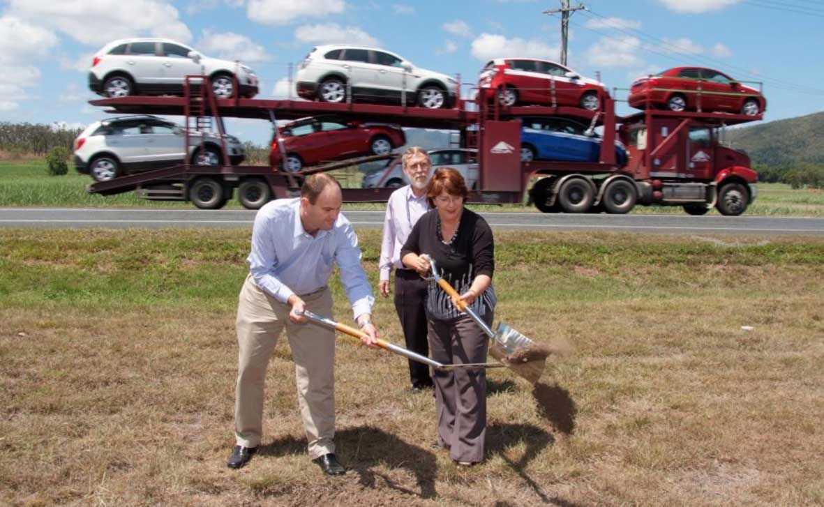 IN THE FAST LANE: Main Roads Minister Craig Wallace and Transport and Main Roads Regional Director Ian Husband joined Member for Whitsunday Jan Jarratt to turn the sod on the first of four new overtaking lanes between Proserpine and Mackay. Photo Ziggy Ziegler