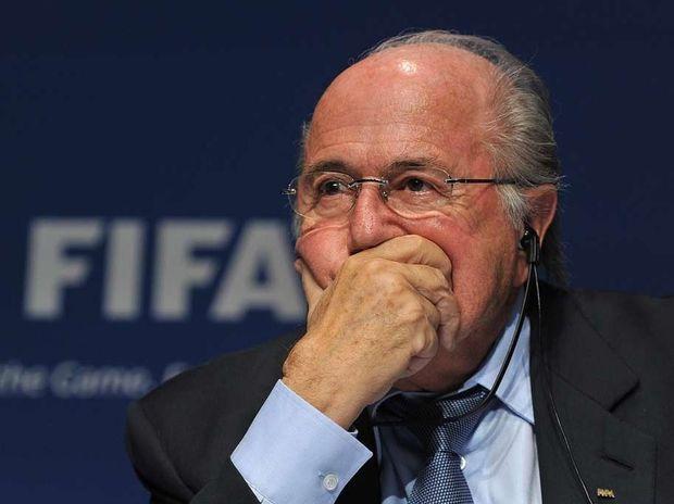 A bribery scandal involving former FIFA president Joao Havelange has renewed calls for incumbent Sepp Blatter to resign.