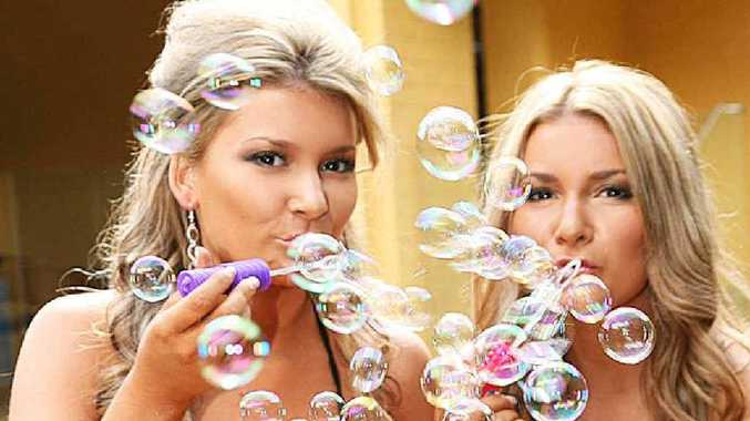 Mackay twins Caitlin and Anne-Louise Rasmussen show off their good looks and fun personalities while creating a photoshoot portfolio with the Seen modelling company.