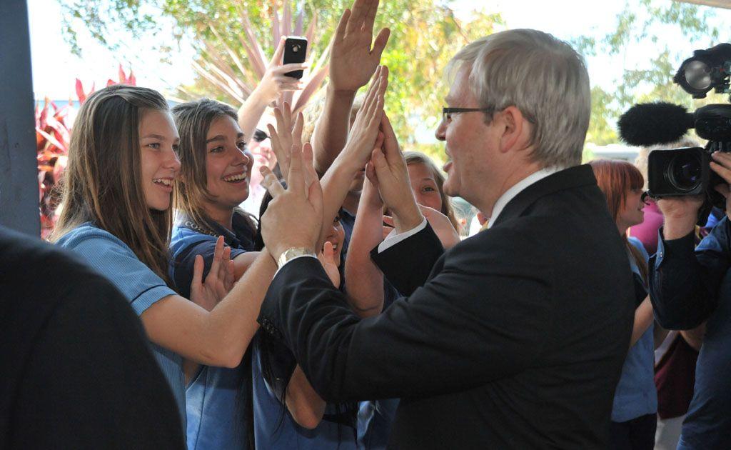 Kevin Rudd visits Kawana Waters State College