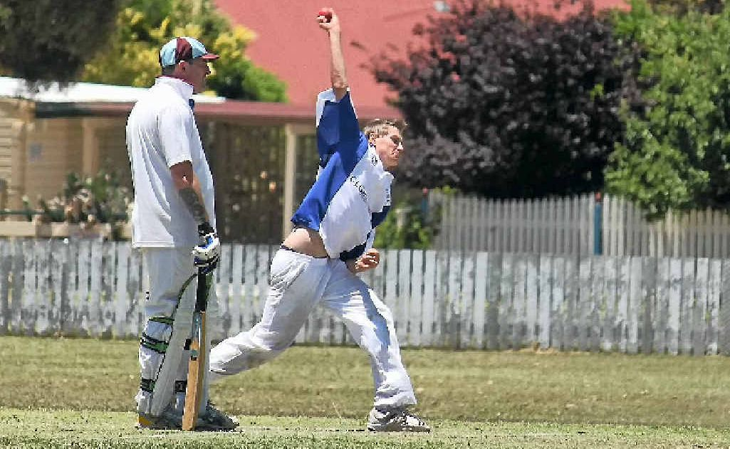 Jason Steketee on the way to his first five-wicket haul in senior cricket.