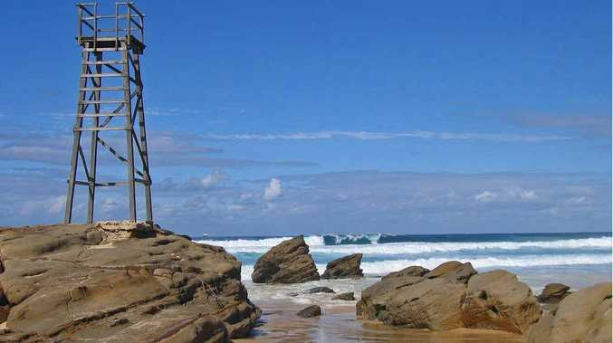 The O'Farrell Government is offering grants for local councils and surf clubs to build shark towers on NSW beaches and headlands.