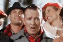 Scott Weiland sings in the video for Winter Wonderland. Photo / YouTube