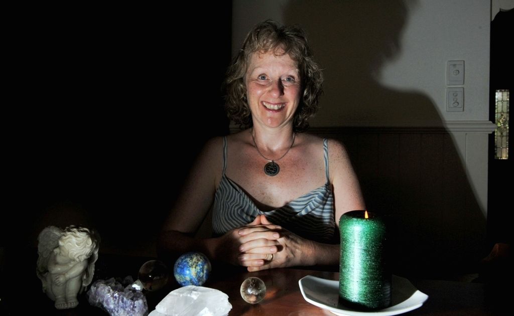 Psychic Heather Paterson offers group and individual readings.