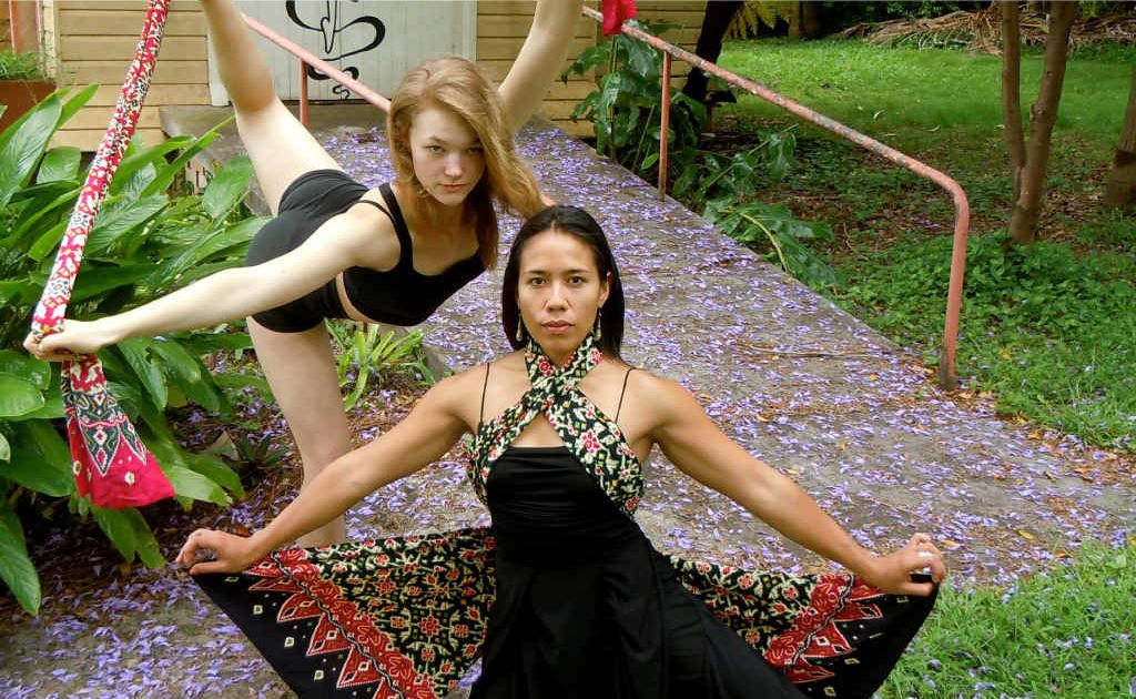 Dancer Ruby Teather (left) and her mentor Jade Dewi Tyus Tunggal.