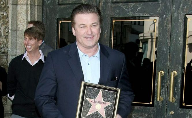 Alec Baldwin has been kicked off a flight after an altercation with a member of cabin staff.