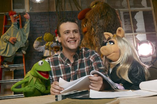 Kermit the Frog with Jason Segel and Miss Piggy.