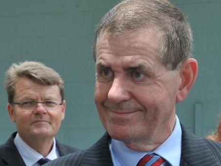Peter Slipper says he has been cleared by the Department of Finance over his entitlements