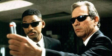 Will Smith and Tommy Lee Jones star in the new Men In Black film.