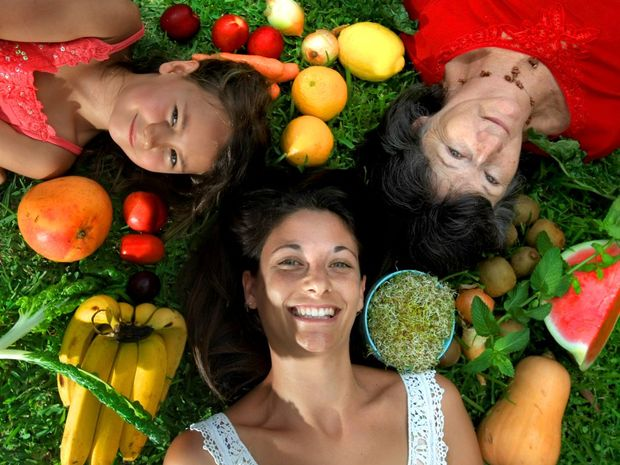 Family members Laura Caldaia, Marianne Caldaia and Kiana Kissell, 5, are about to go organic.