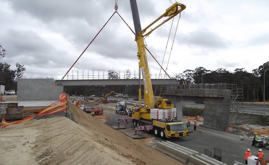 Motorists will deviate onto the new lanes of the Sapphire to Woolgoolga highway project at Moonee Beach to allow the bridge building to continue.