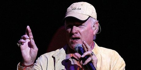Mike Love of the Beach Boys performs at Vector Arena in Auckland in 2007.