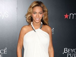 Beyonce Knowles bans Christmas TV