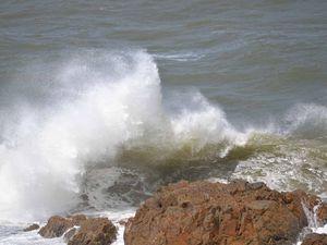 Big seas warning for boaties