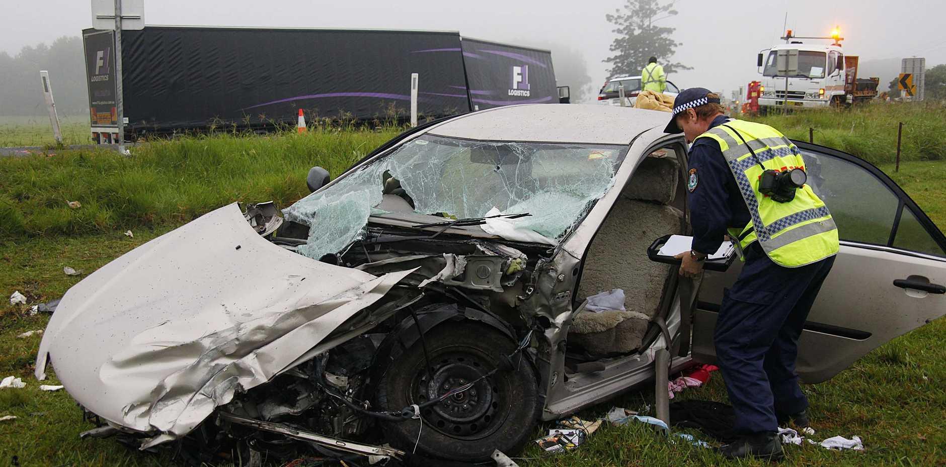 Crash closes highway | Coffs Coast Advocate