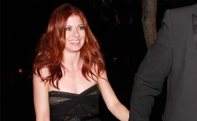 Debra Messing plans to live with her ex-husband.