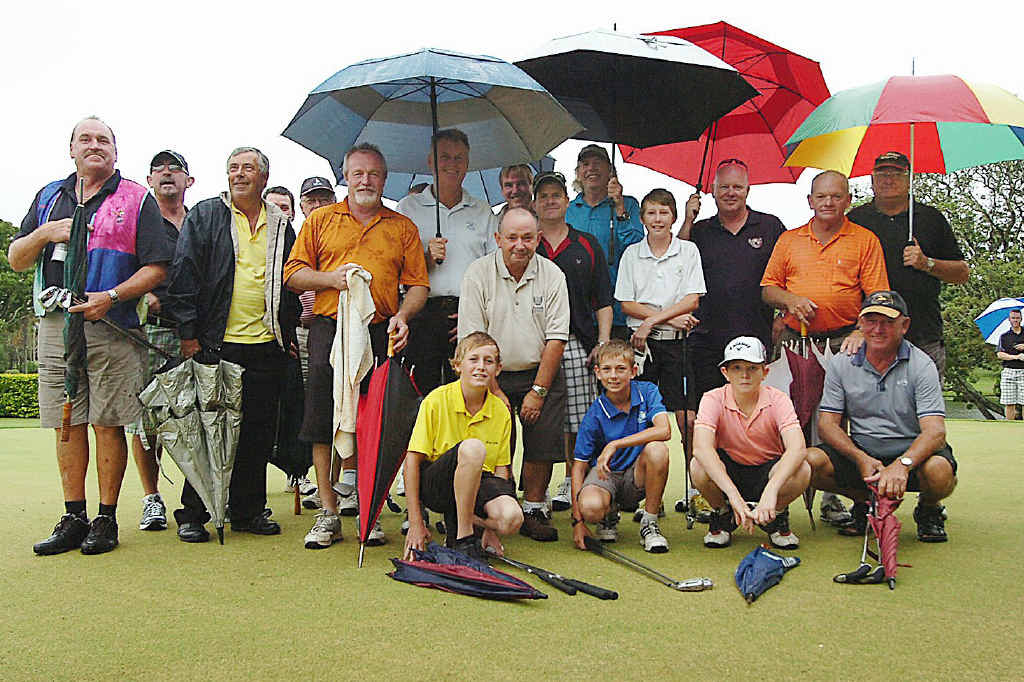 The players who braved the rain to tee off in the annual Sunset Shootout at the Maryborough Golf Club on Friday evening.