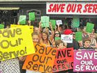 Protesters want Eumundi Service Station to keep trading.