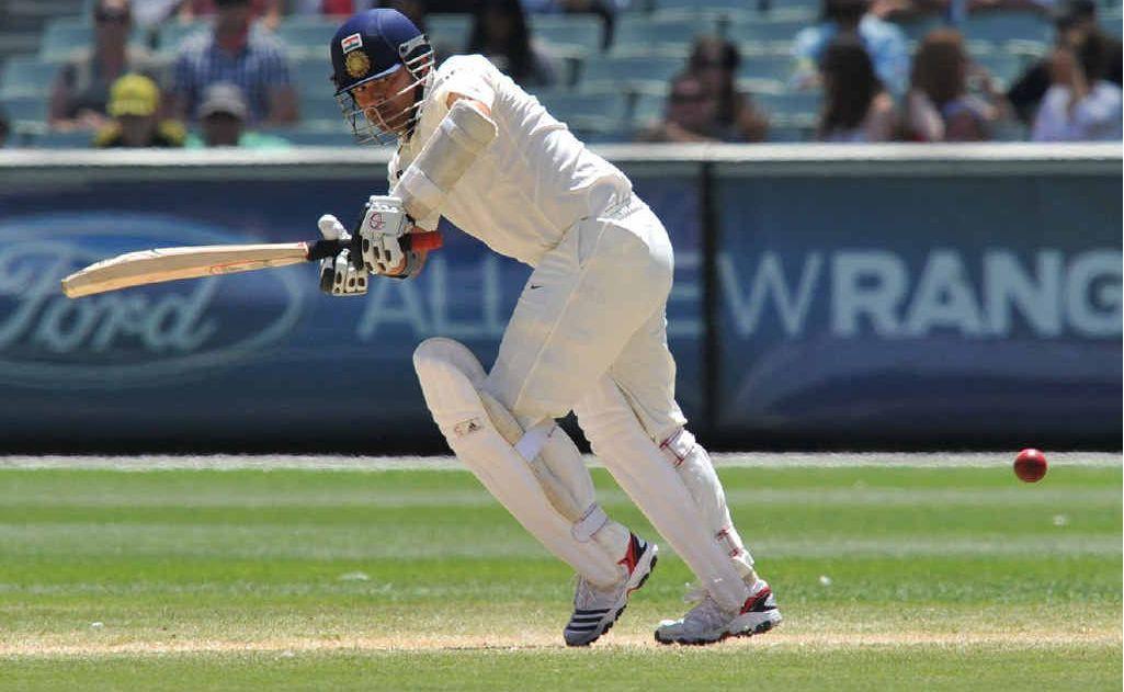 Sachin Tendulkar out for 25.
