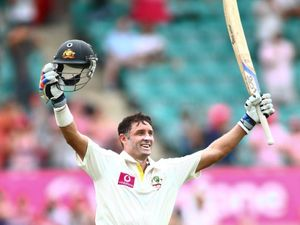 Aussies breaking records again with bat
