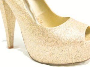 Flip-flops to high heels