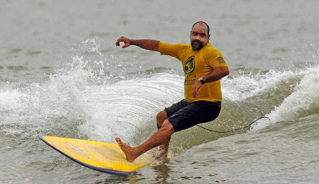 Alex Elgin cruising in the surf.