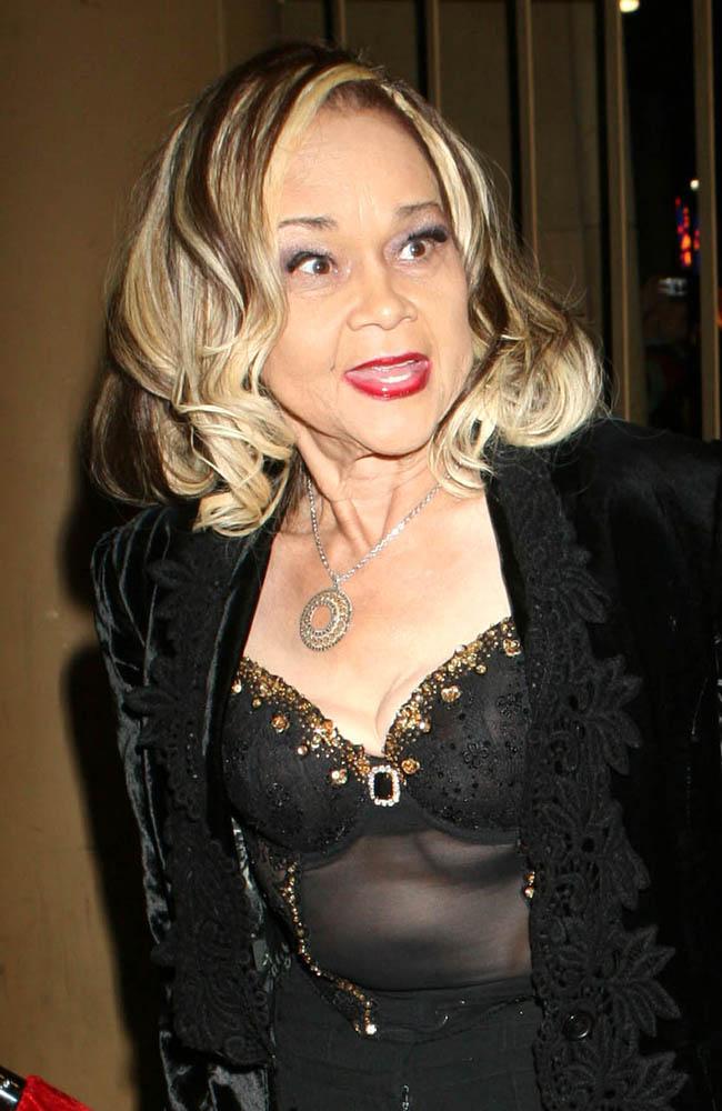 Legendary singer Etta James has died.