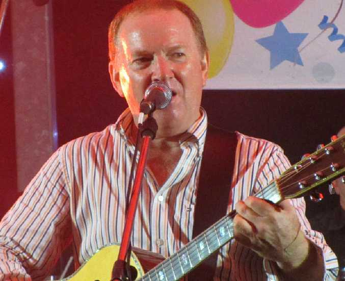 Graeme Connors has been named a 2012 Tamworth Ambassador, along with fellow country music star Adam Harvey.