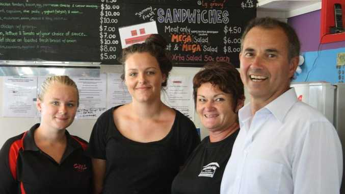State Clarence MP Chris Gulaptis with Kiana Butler and Daena Collins-Donlon from the Chill Cafe at Evans Head and Michelle Yates from the Mid-Richmond Neighbourhood Centre. Photo Contributed