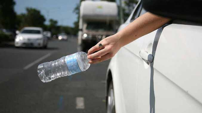 Motorists who litter could face fines of $200 to $4000.