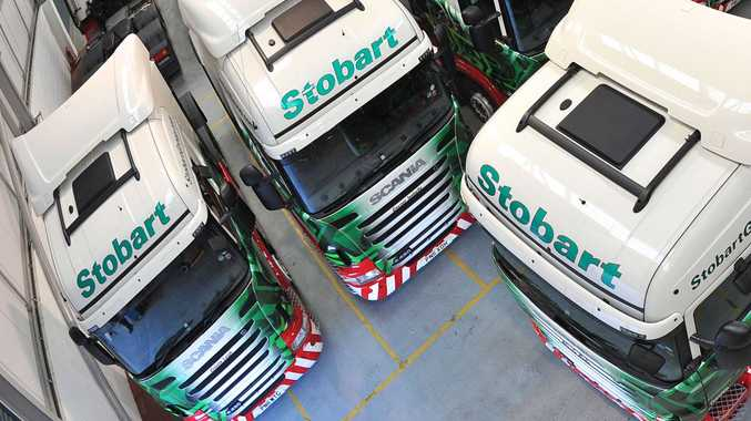 Eddie Stobart and A. W. Jenkinson Forest Products have once again signed a joint-procurement agreement with Scania in the UK for the supply of 1,000 trucks.  As such, the deal mirrors the order placed by the two operators in 2010, which at the time represented Scania's largest ever supply agreement in the UK.