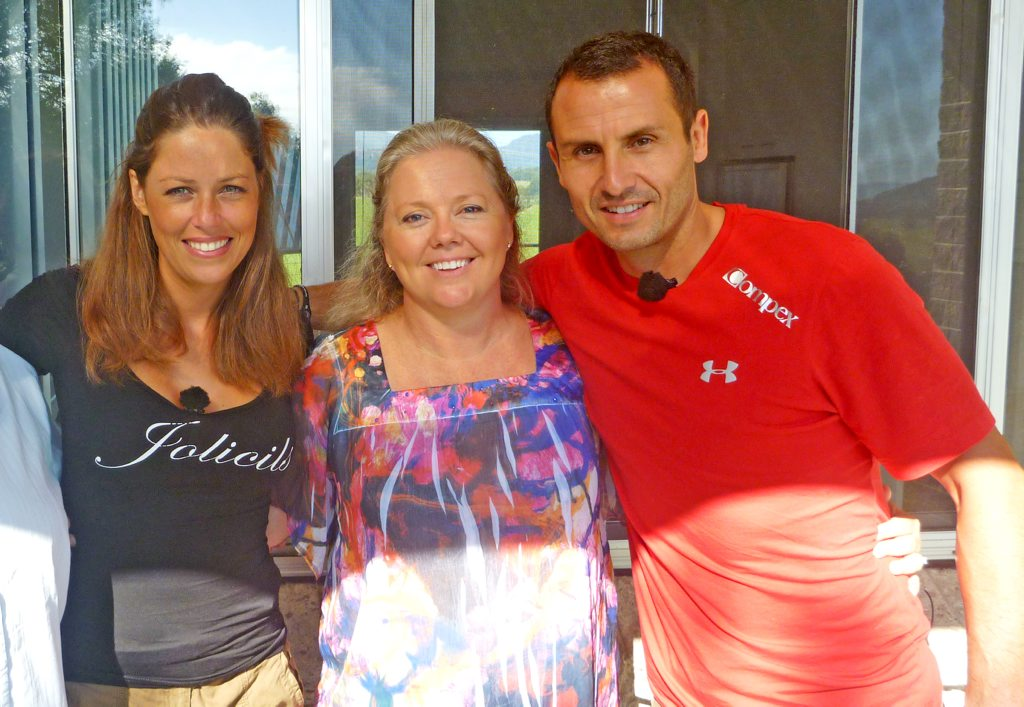 Leanne Hutcheson with Peking Express contestants Frederic and Jessica.