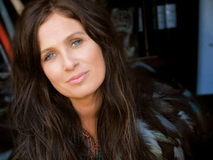Kasey Chambers to play new material at Bluesfest first