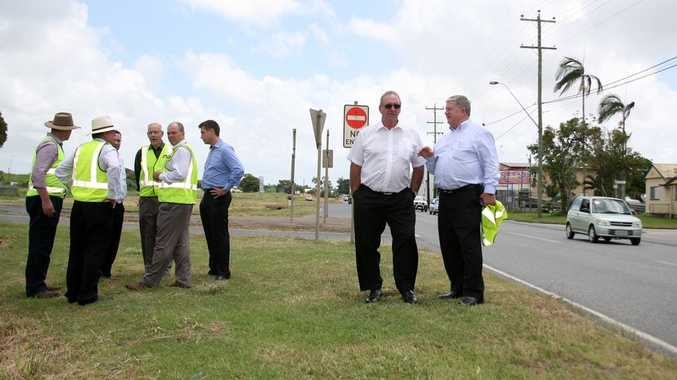 Inspectorate chair John Fahey met Mackay Mayor Col Meng on Connors Rd to see the progress of reconstructive roadworks around Mackay.