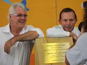 Grove backs Tony for PM