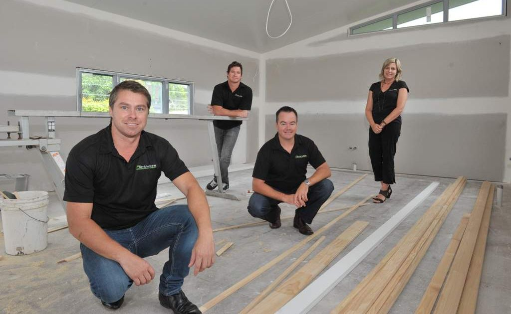 Corey Passey, Ben Passey, Leigh Wallis and Monica Kohler of Smith and Sons Renovations and Extensions