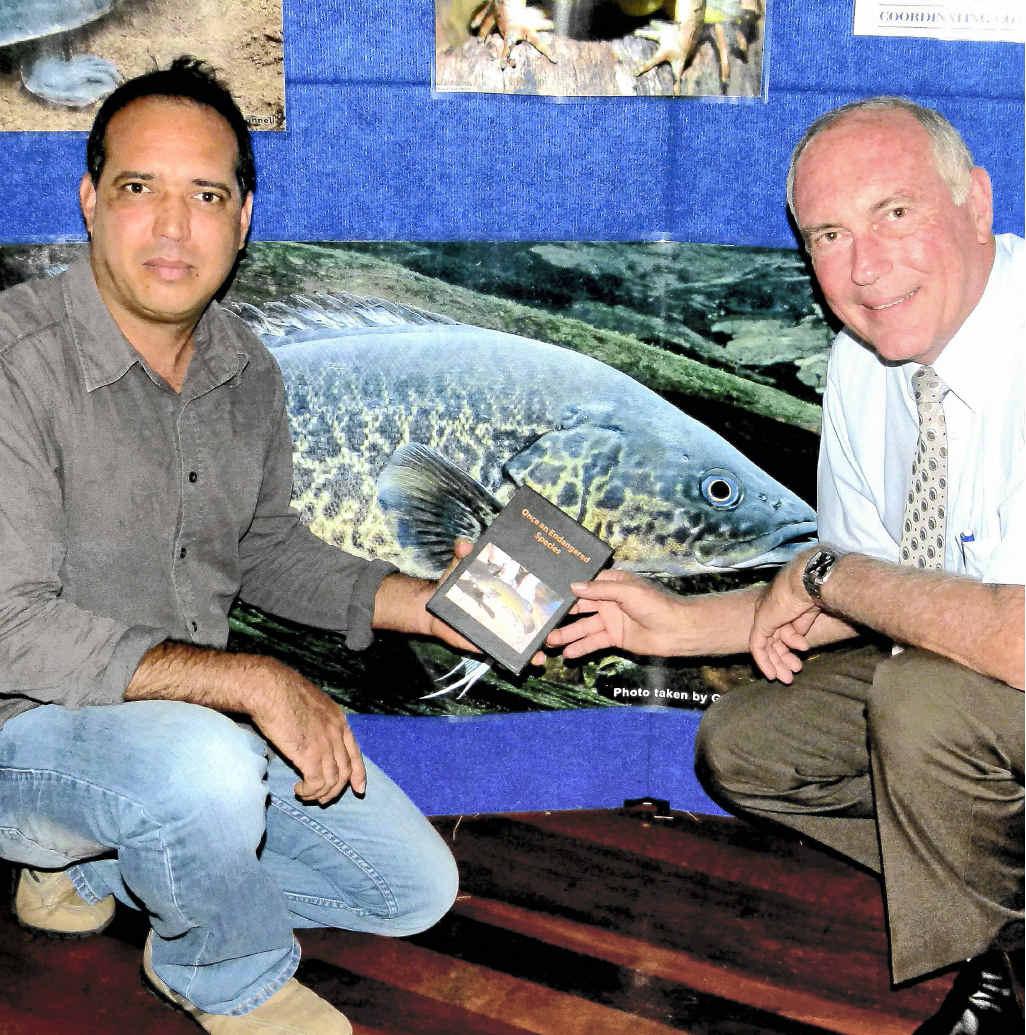 Federal member Warren Truss launches Luke Barrowcliffe's Mary River Cod DVD.