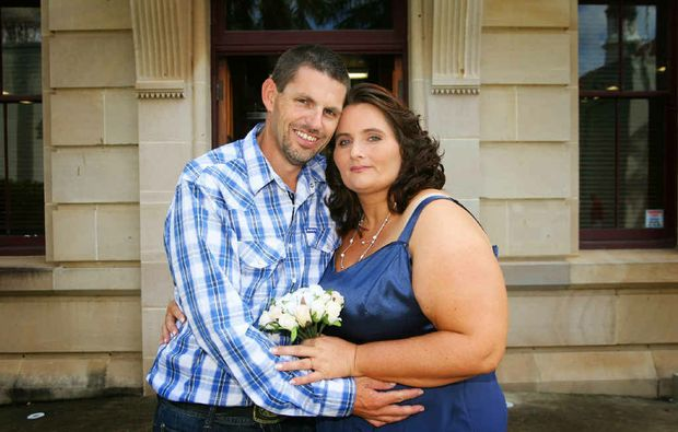 Scott and Melissa Sampson were married at the Rockhampton Court House.