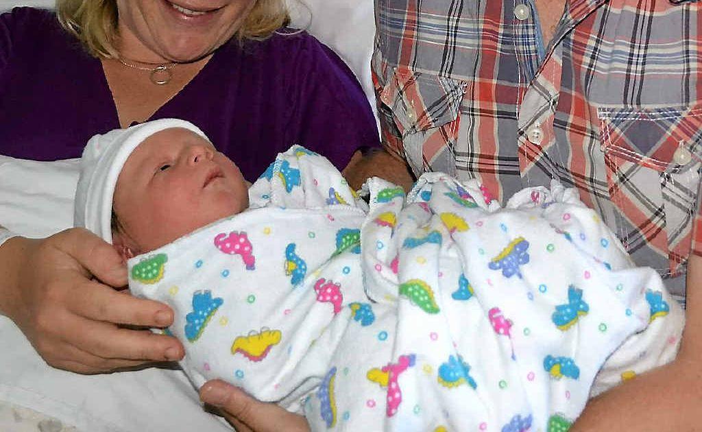 Bonnie, Bob and newborn Isla Bell.