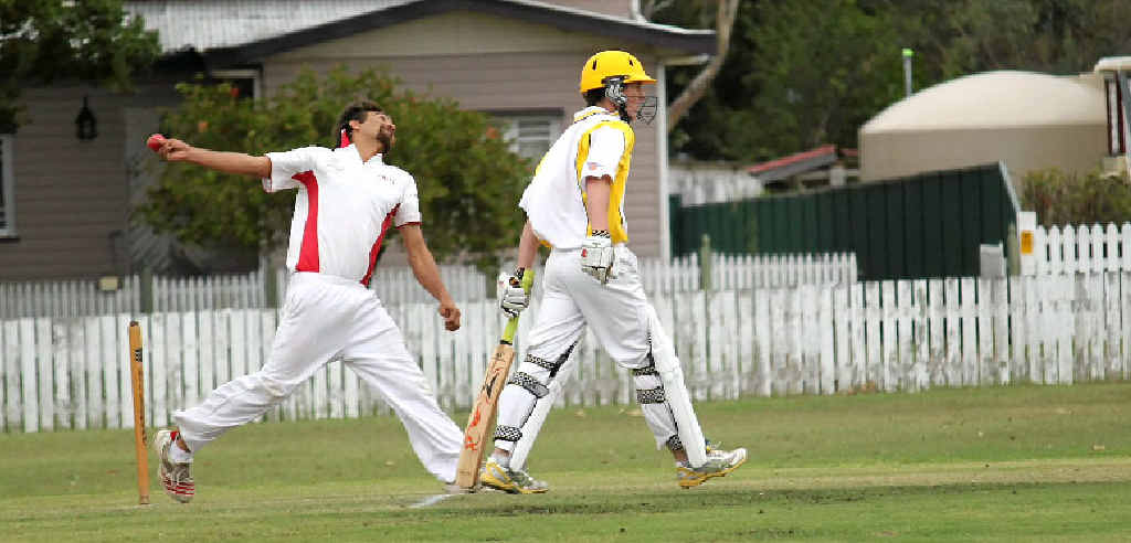 Greg Louis bowls for Colts in their semi-final win. Jamie Saunders is backing up for RSL Diggers at the bowlers end.